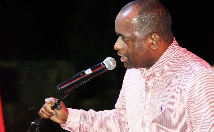 Roosevelt Skerrit addressing supporters