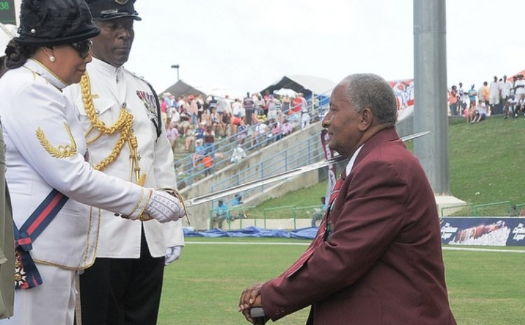 Sir Andy Roberts is knighted