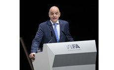 ZURICH, Feb. 26, 2016 (Xinhua) -- FIFA presidential candidate and UEFA general secretary Gianni Infantino delivers a speech during the FIFA electoral congress in Zurich, Switzerland, Feb. 26, 2016. (X