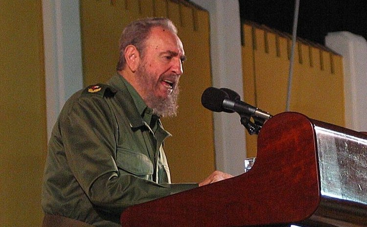 File photo taken on July 26, 2003 shows Fidel Castro giving speech during a rally at the site of Moncada barracks in Santiago, Cuba