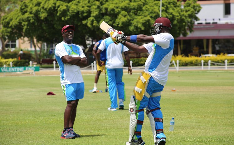 Sir Viv watches a young batsman execute a pull (WICB photo)