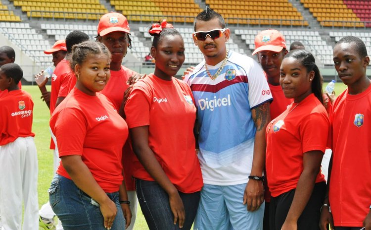 Narine and fans
