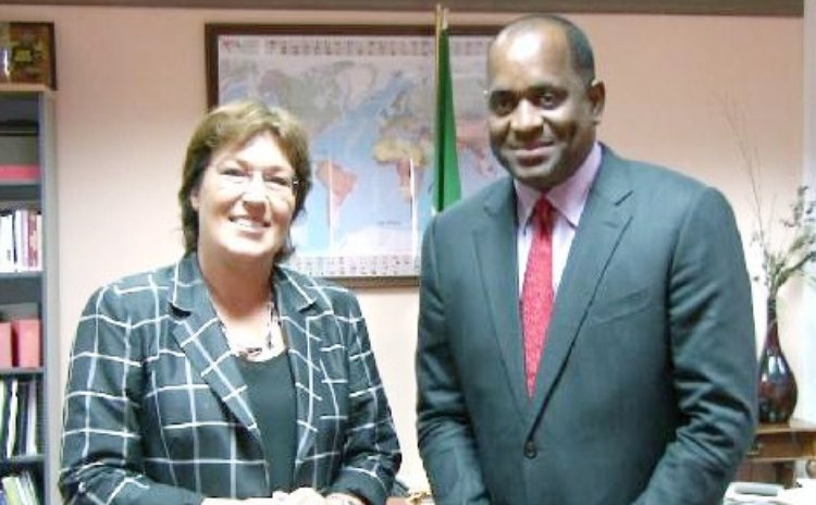 Prime Minister Skerrit, right, and New Zealand High Commissioner to Dominica Jan Henderson