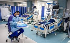 COVID-19 patients receive intensive care
