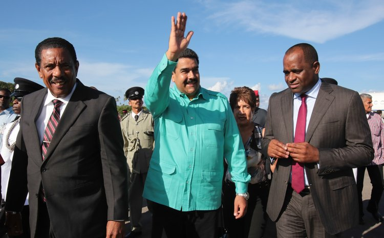 President Savarin,right, President Maduro, centre and Prime Minister Skerrit (Government of Dominica Photo)