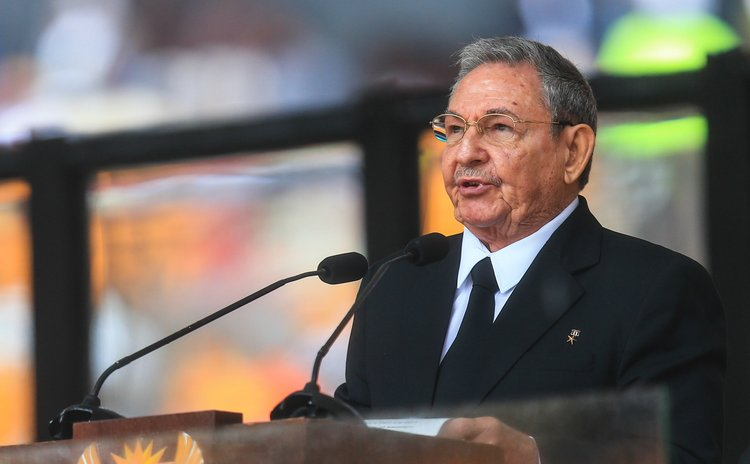 JOHANNESBURG, Dec. 10, 2013 (Xinhua) -- Cuban leader Raul Castro addresses the state memorial service for Nelson Mandela at the FNB Stadium in Johannesburg, south Africa, Dec. 10, 2013