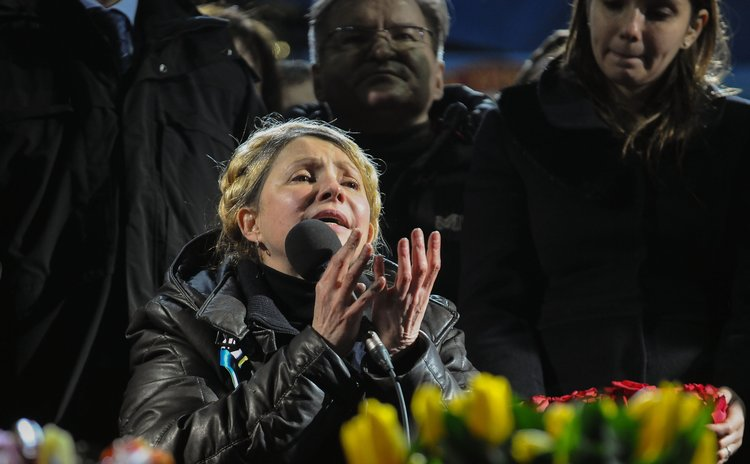 KIEV, Feb. 22, 2014 (Xinhua) -- Former Ukrainian Prime Minister Yulia Tymoshenko addresses her supporters following her release from prison at the Independence Plaza in Kiev, Ukraine, Feb. 22, 2014.