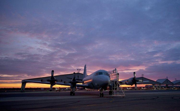 PERTH, March 26, 2014 (Xinhua) -- A plane at the Royal Australian Air Force Pearce base near Perth, Australia, March 26, 2014.