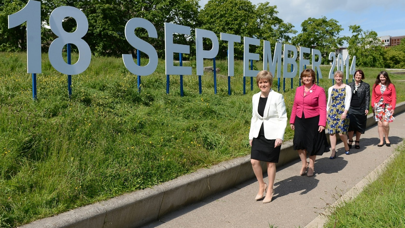EDINBURGH, June 10, 2014 (Xinhua) -- Scottish Deputy First Minister Nicola Sturgeon (L) is seen in Edinburgh, Scotland, Britain, June 9, 2014.