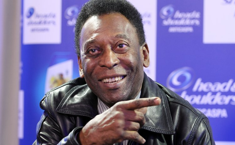 "SAO PAULO, June 11, 2014 (Xinhua) -- Brazilian former soccer player Edson Arantes do Nacimento ""Pele"", during an interview in Sao Paulo, Brazil, on June 10, 2014."