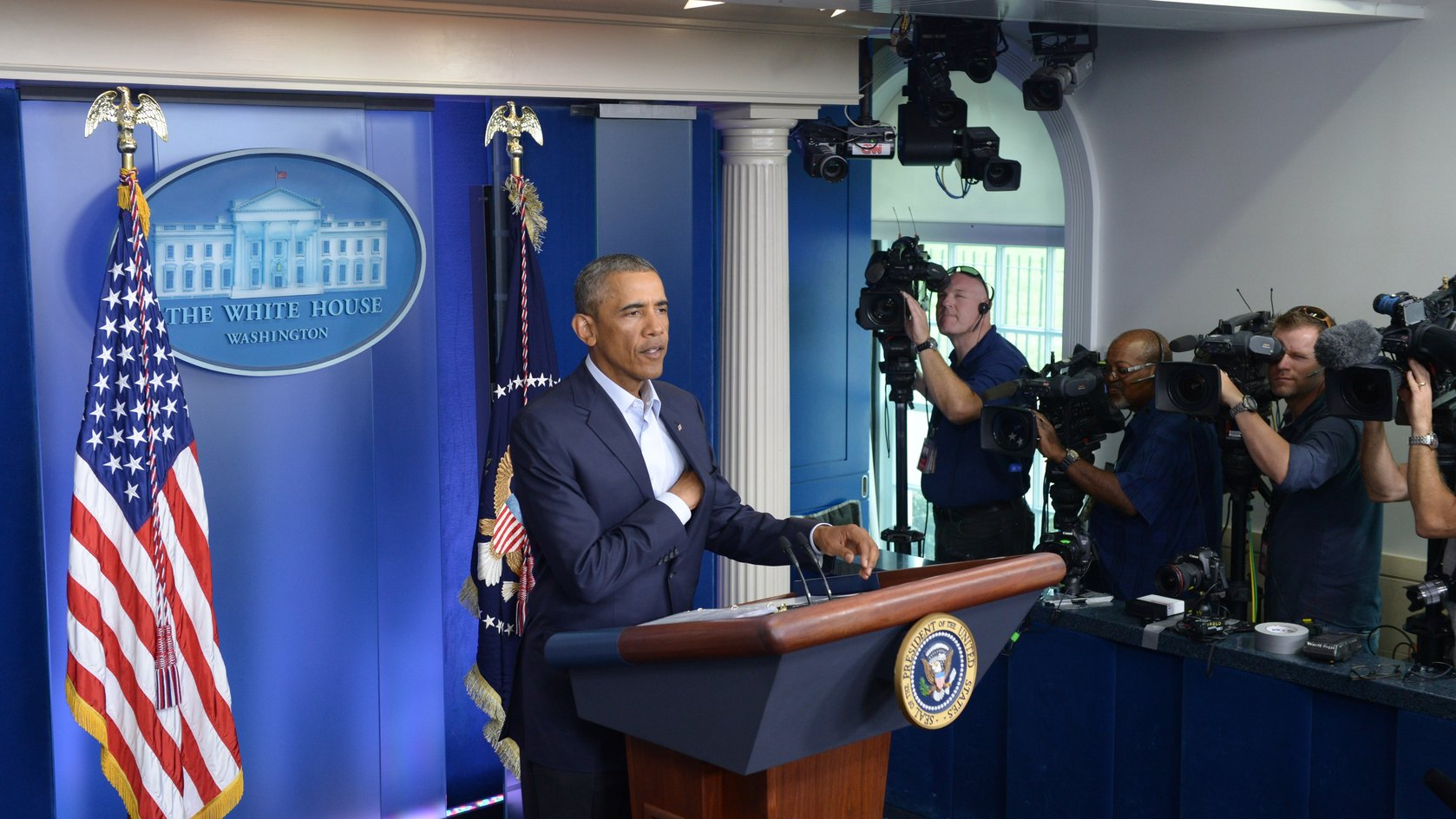 WASHINGTON D.C., Aug. 18, 2014 (Xinhua) -- U.S. President Barack Obama speaks at the press briefing room of the White House in Washington D.C., the  United States, Aug. 18, 2014