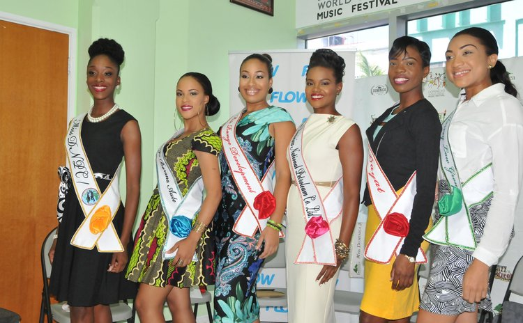 Carnival Queen contestants show off their sponsors