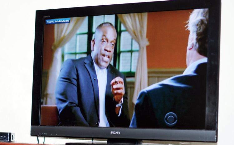 Linton speaks to Kroft on CBS's 60 Minutes