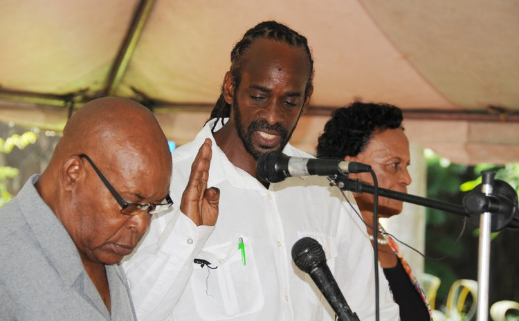 Maximin Powell takes oath as chairman of the Canefield Urban Council