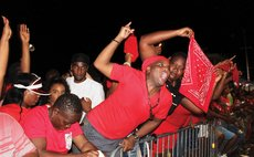 Campaigning like dey crazy- supporters of the DLP on the campaign train
