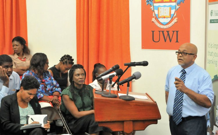Dr. Seepersad delivers lecture at UWI, Dominica