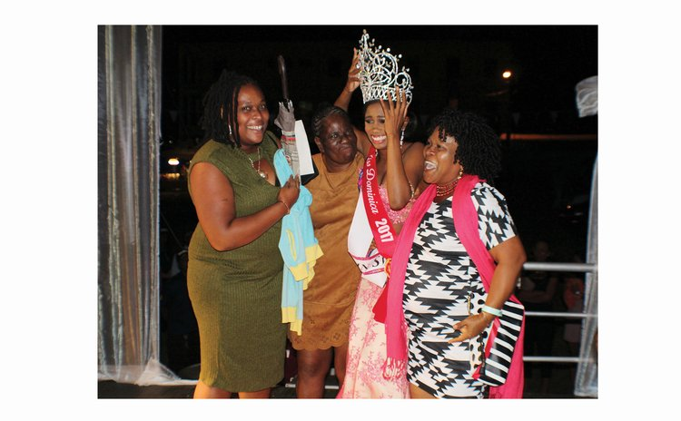 Queen Jade Romain and family after the crowning