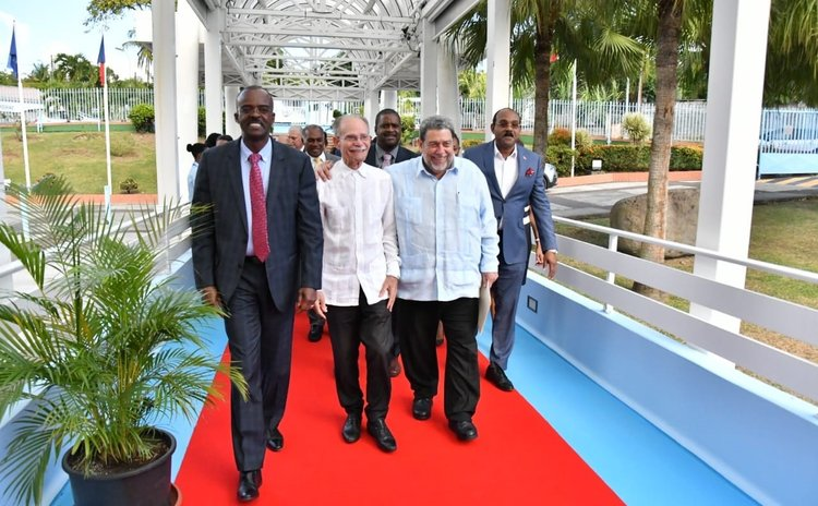 Prime minister Gonsalves and other delegates at the meeting in Martinique